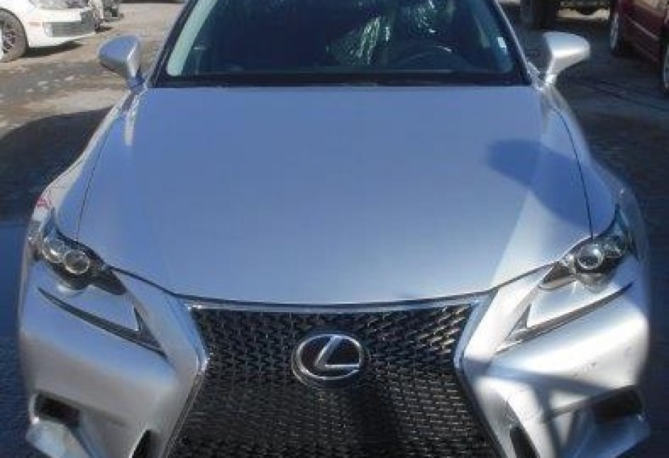 LEXUS IS 200T / 2016